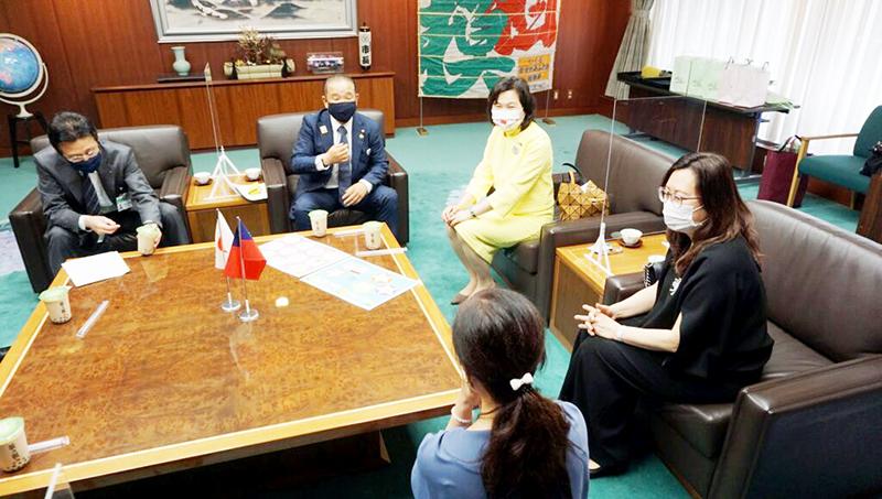 相模原市舉辦感謝儀式感謝來自台灣的愛心鳳梨