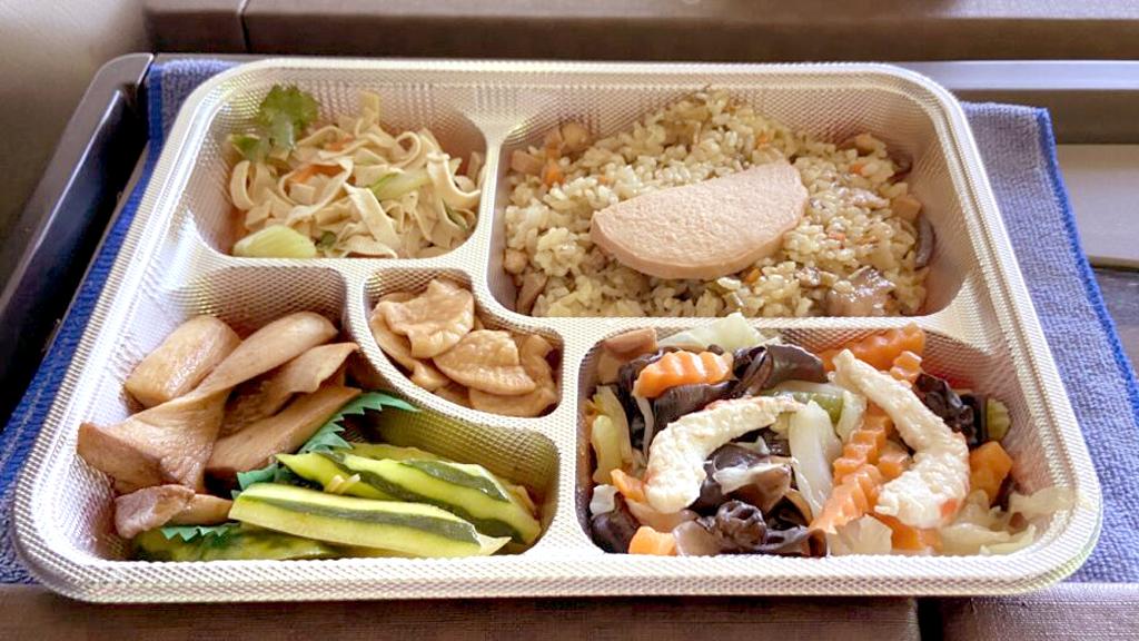 純陽宮特別為每位成員準備美味可口的素食便當